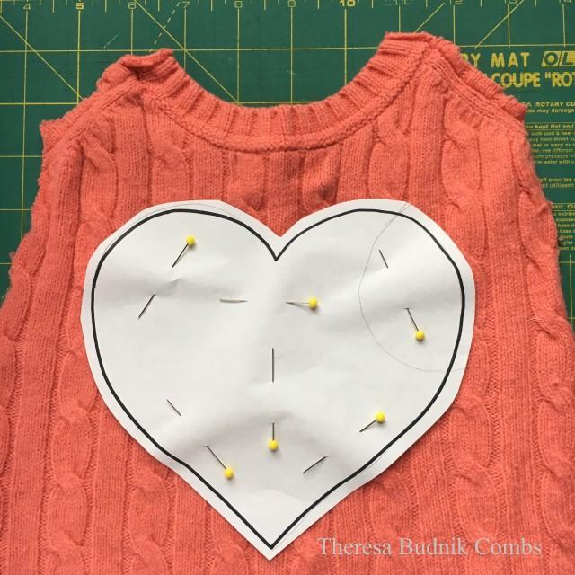 valentinessweater_01wm