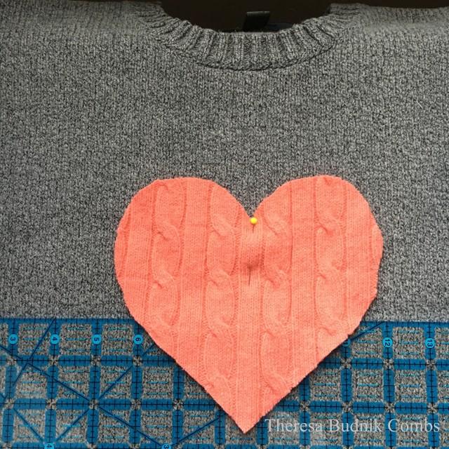 valentinessweater_02wm